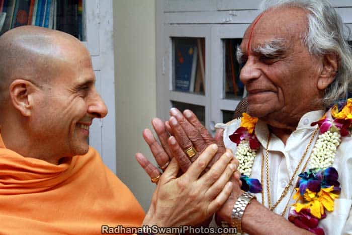 Meeting with B. K. S. Iyengar and 'The Journey Home' Club